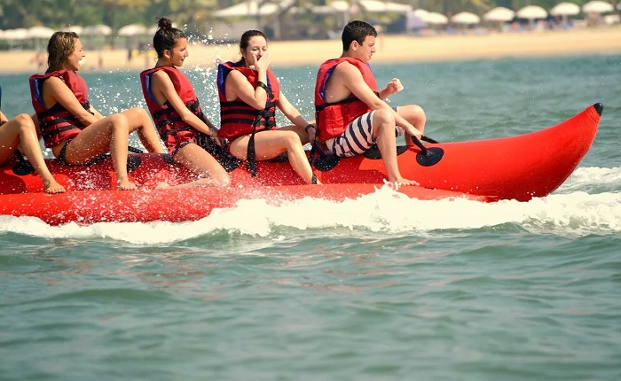 banana-boat-ride-goa